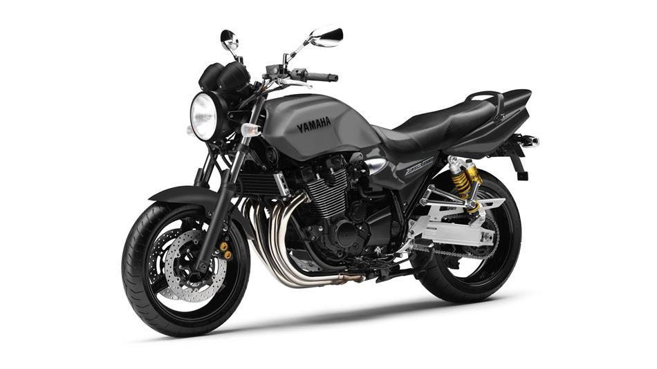 2014-Yamaha-XJR1300